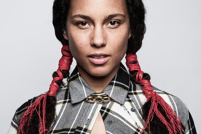 Alicia Keys - Em dep khong can son phan hinh anh