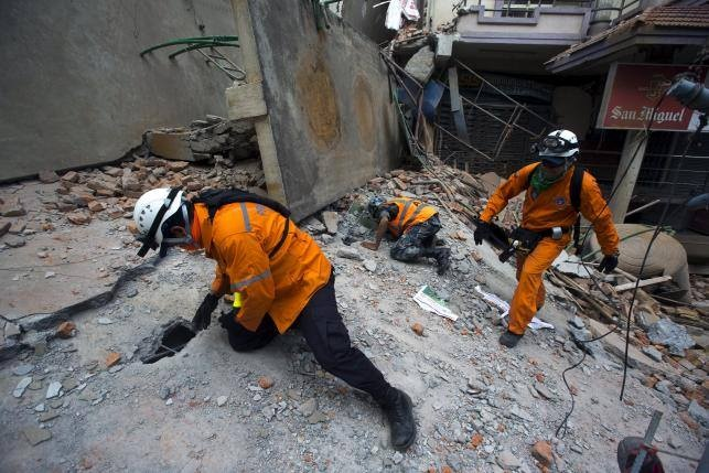 68 nguoi chet sau dong dat 7,3 do Richter o Nepal hinh anh 15