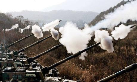 Trieu Tien tuyen bo san sang chien tranh voi Han Quoc hinh anh 1 Cẳng thẳng trên bán đảo Triều Tiên gia tăng sau vụ nã pháo của Bình Nhưỡng hôm 20/8. Ảnh: AFP