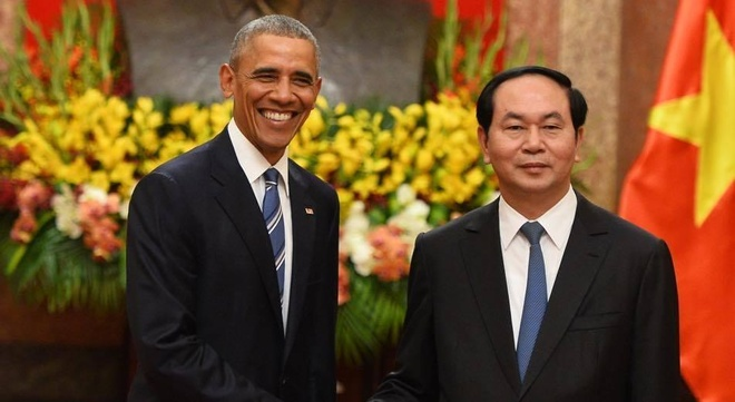 Tuong thuat ngay lam viec dau tien cua Obama tai Ha Noi hinh anh