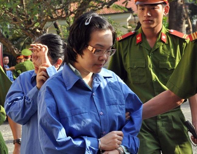 Khoi to nguyen Tong giam doc ngan hang Navibank hinh anh 2