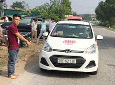 Canh sat xuyen dem tim cuop tron o dong co hinh anh