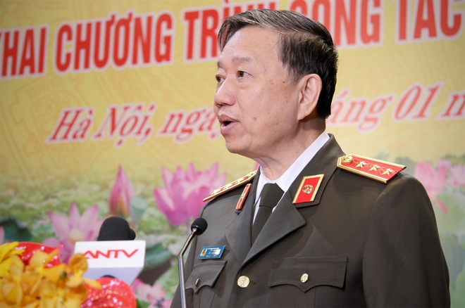 Bo truong To Lam: Cong an Ha Noi can tim cach giam un tac hinh anh 1