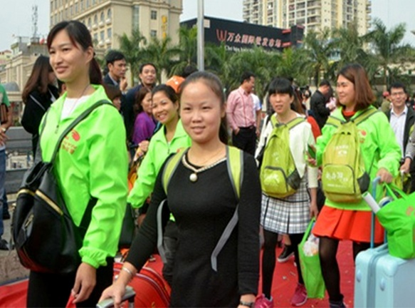 Tour 0 dong 'gai' du khach Trung Quoc hinh anh