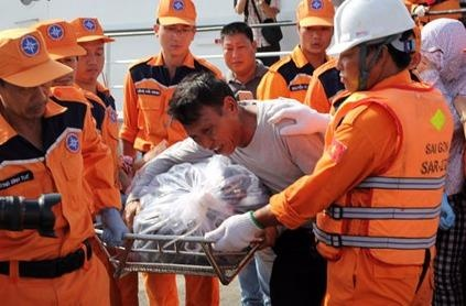 Chim tau Hai Thanh: Petrolimex 14 khong cuu nan ngay sau khi dam va? hinh anh