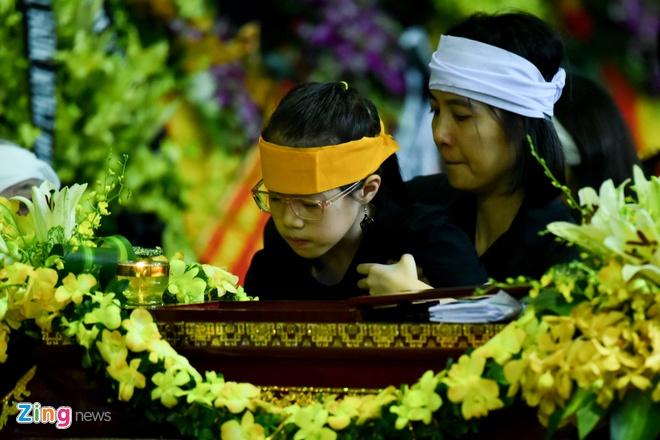 Lanh dao, nguoi than tien dua cu Hoang Thi Minh Ho hinh anh