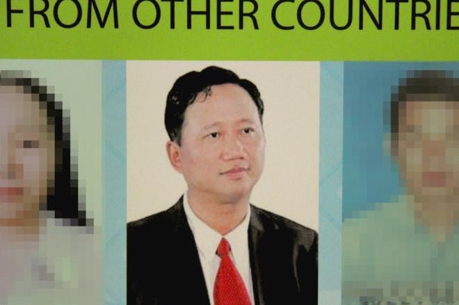 Ong Dinh La Thang va dong pham bi dua ra xet xu ngay 8/1/2018 hinh anh 2