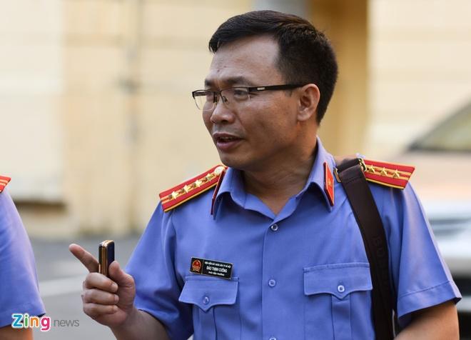 Ong Dinh La Thang bi de nghi 14-15 nam tu hinh anh 3