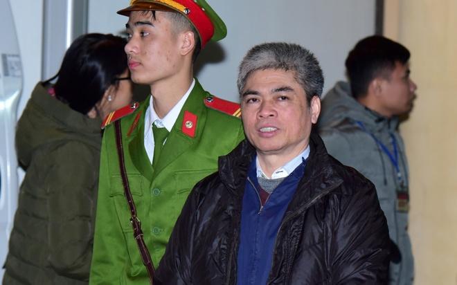 Nguoi bao chua cho bi cao Nguyen Xuan Son dang mang an tu noi gi? hinh anh