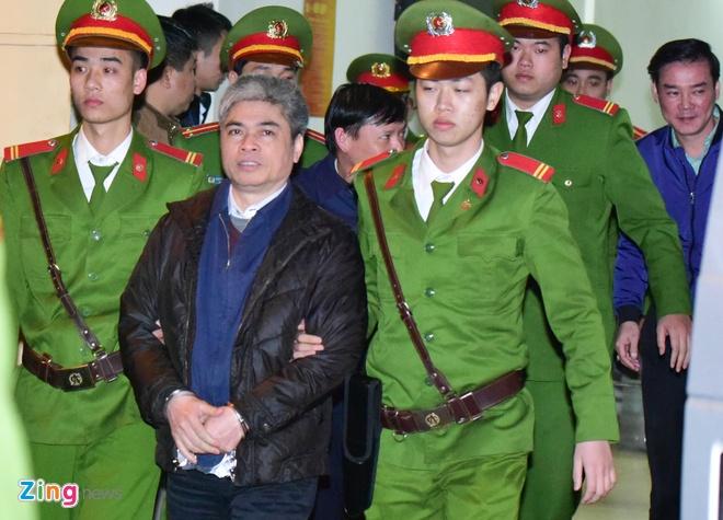 Nguoi bao chua cho bi cao Nguyen Xuan Son dang mang an tu noi gi? hinh anh 1