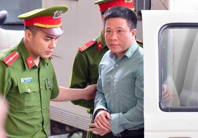 Nu dai gia Hua Thi Phan vang mat trong phien xu phuc tham Ha Van Tham hinh anh