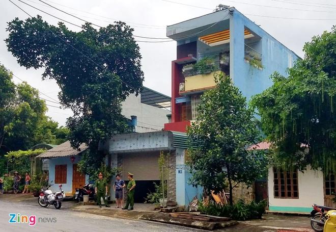 Bat tam giam Vu Trong Luong do nang diem hon 300 bai thi tot nghiep hinh anh 2