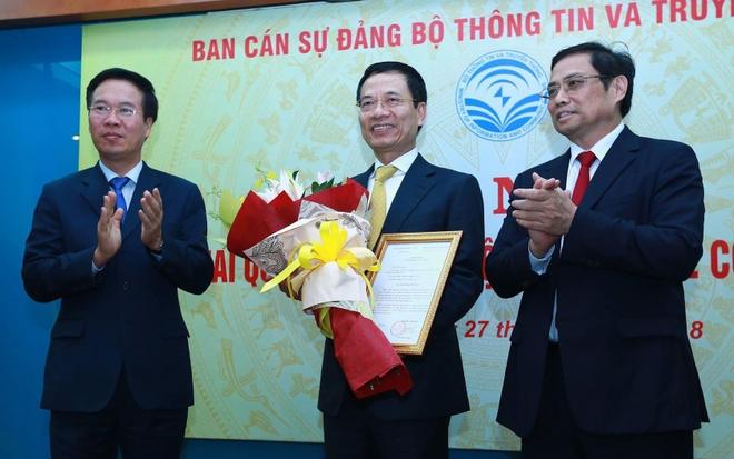 Quyen Bo truong Nguyen Manh Hung: 'Bo TTTT se phat trien' hinh anh