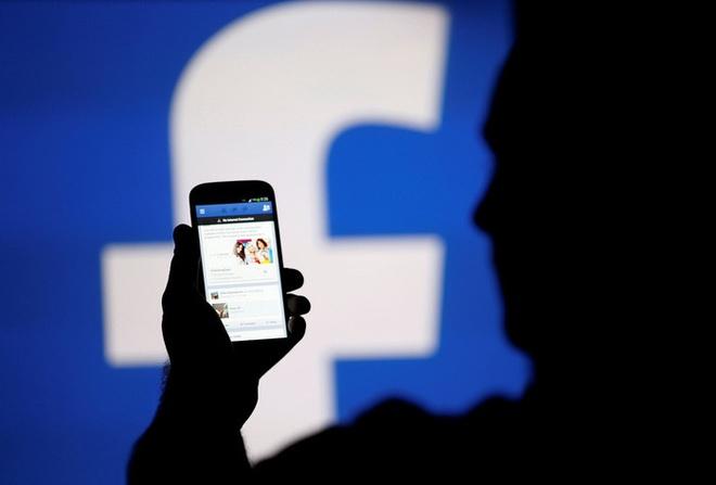 Facebook,  Google phai dat may chu o Viet Nam anh 1