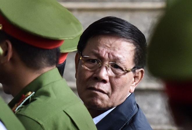 Ong Phan Van Vinh nho ho tro y te giua phien xet xu o bac nghin ty hinh anh