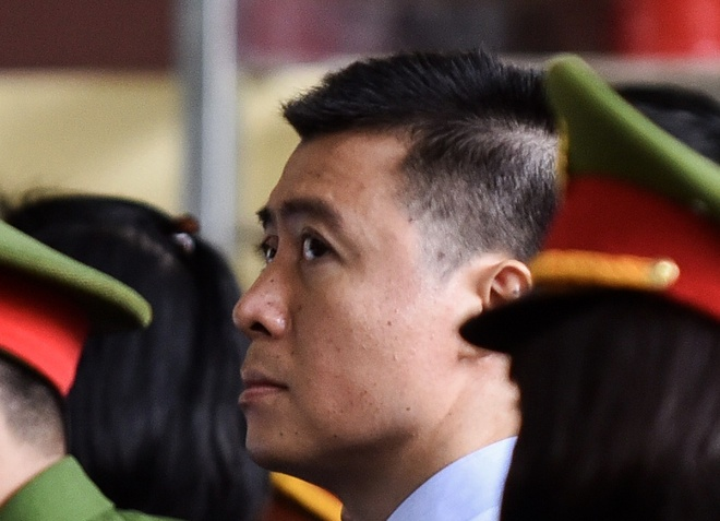 Phan Sao Nam khai nguon goc 3,5 trieu USD gui o Singapore hinh anh