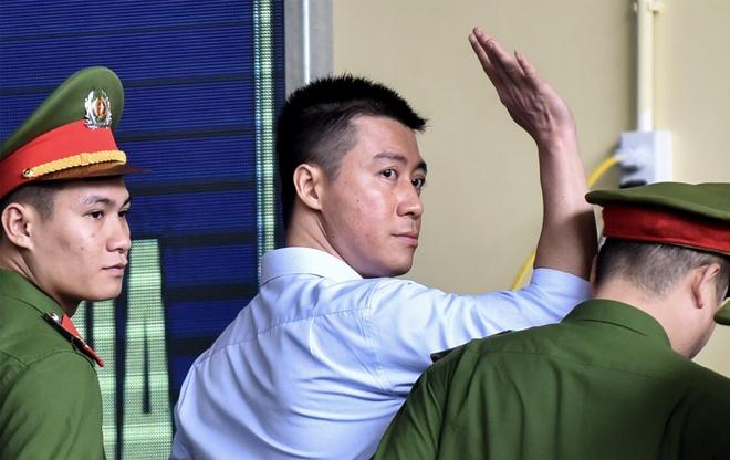 Phan Sao Nam noi ve viec phat hanh game danh bac Rikvip hinh anh