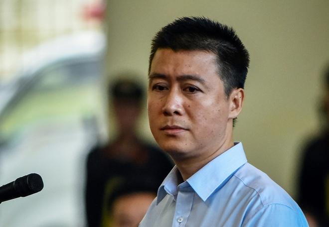 Phan Sao Nam choang truoc doanh thu hang nghin ty cua o bac Rikvip hinh anh