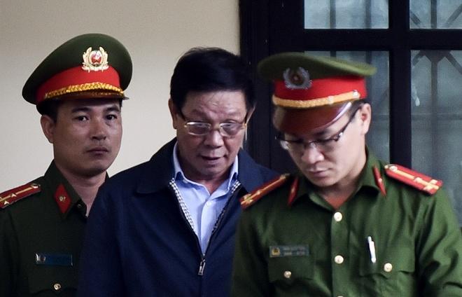 Ong Phan Van Vinh: 'Toi sai den dau chiu trach nhiem den do' hinh anh