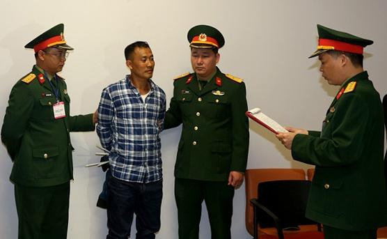 Bo Quoc phong bat bi can Le Quang Hieu Hung co lenh truy na quoc te hinh anh 1