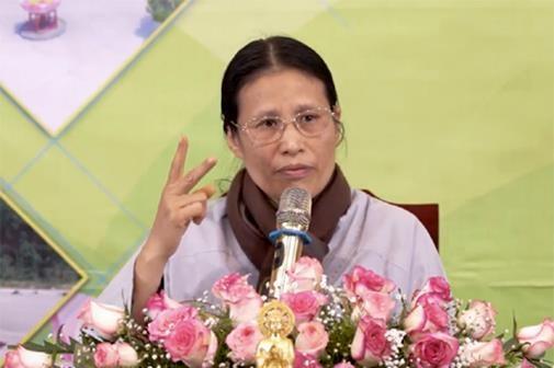 Ba Pham Thi Yen bi nhac nho vi hanh nghe me tin di doan 10 nam truoc hinh anh 3