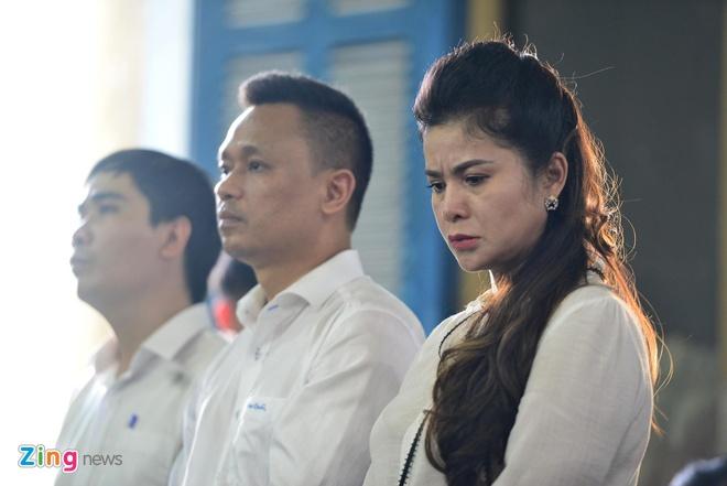 Ba Le Hoang Diep Thao: 'Ban an qua bat cong voi me con toi' hinh anh 7