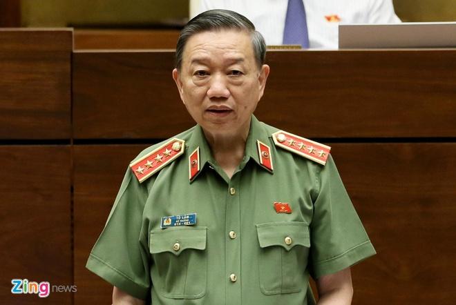 Vi sao Bo Cong an dieu tra vu nang diem thi o Hoa Binh? hinh anh 1