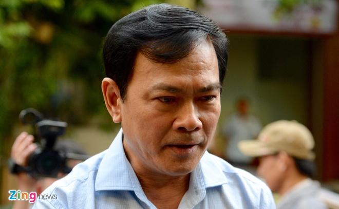 Ca tram nguoi vay kin khi Nguyen Huu Linh roi toa hinh anh 2
