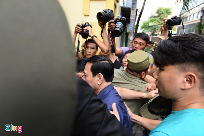 Nguyen Huu Linh linh 18 thang tu toi dam o be gai hinh anh 4