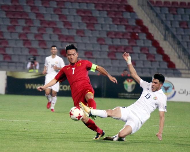 Hoa 4 tran, DTVN trong top hang thu manh nhat vong loai Asian Cup hinh anh 8