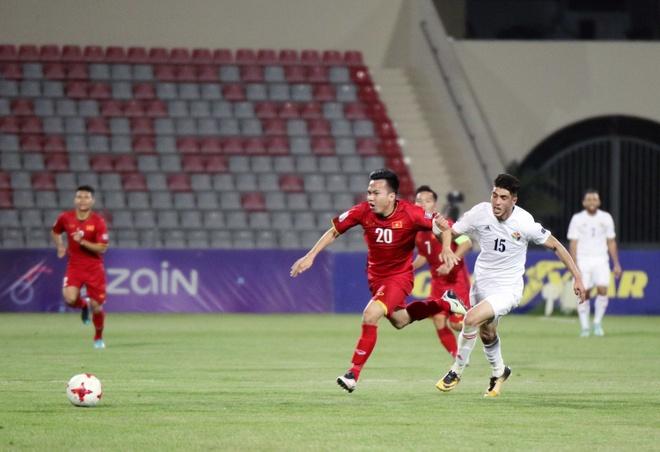 Hoa 4 tran, DTVN trong top hang thu manh nhat vong loai Asian Cup hinh anh 9