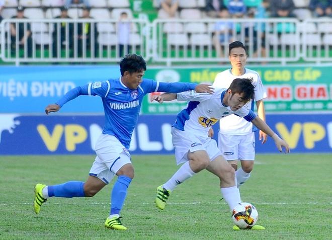Xuan Truong ghi ban dep nhat thang 3 V.League hinh anh 1