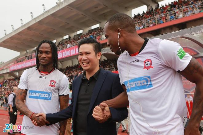 Asanzo thuong CLB Hai Phong 100 trieu neu thang DKVD V.League hinh anh