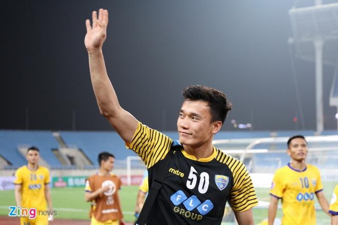 Tien Dung tai xuat,  Thanh Hoa vao tu ket anh 1