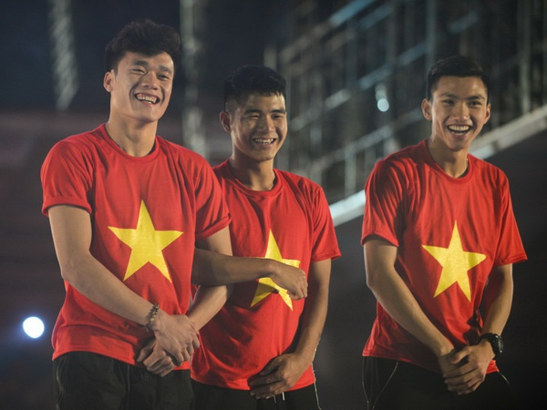 HLV Le Thuy Hai: Voi Viet Nam, vong bang AFF Cup chi co giai hang Nhat hinh anh