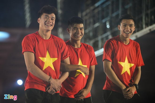 HLV Le Thuy Hai: Voi Viet Nam, vong bang AFF Cup chi co giai hang Nhat hinh anh 1