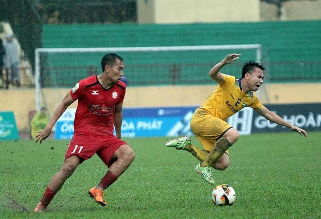 Hoc tro cua Miura bi phat nang vi pham loi voi sao U23 Viet Nam hinh anh 1