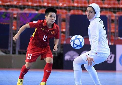 Thua Iran 0-5, DT nu futsal VN lo co hoi vao chung ket chau A hinh anh