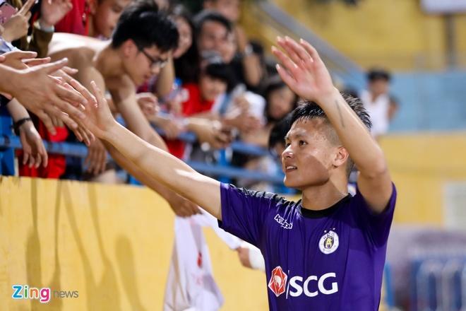 Quang Hai lan dau tien vang mat tai V.League 2018 hinh anh 1