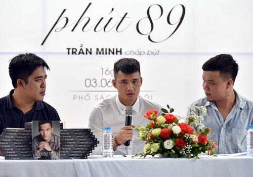 BLV Quang Huy: Tu truyen dim tat ca, chi Cong Vinh noi len hinh anh