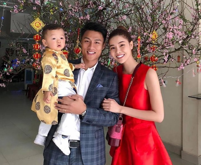 Mac Hong Quan khong duoc xem World Cup trong phong ngu hinh anh 1