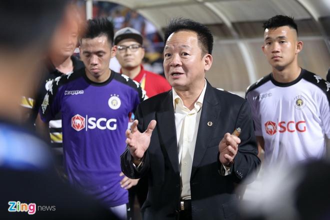Bau Hien: Toi tin CDV van chon V.League trong thoi gian World Cup hinh anh 1