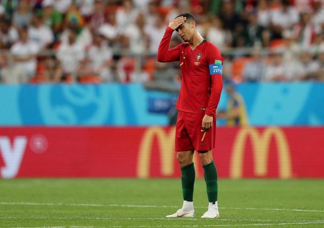BLV Anh Ngoc: 'Ronaldo may man thoat the do sau pha choi xau' hinh anh 1