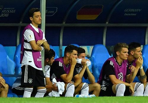World Cup ngay 26/6: Reus len tieng bao ve Oezil hinh anh