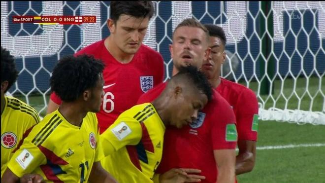World Cup ngay 4/7: Sao tuyen Anh bi to an va 'nhu Neymar' hinh anh