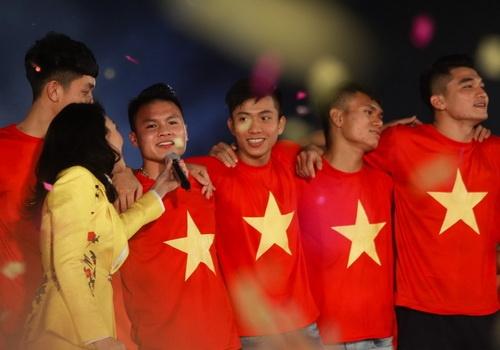 HLV Le Thuy Hai: U23 Viet Nam hang nhi chau A, sao phai so Nhat Ban? hinh anh