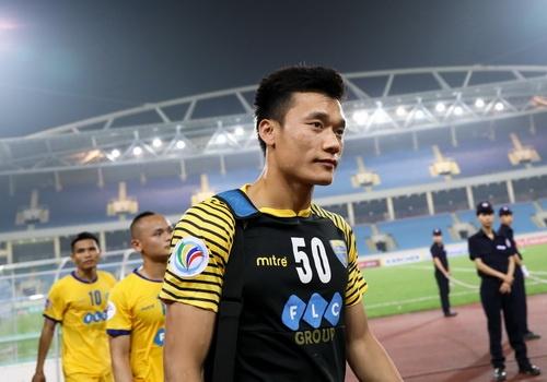 Thuc hu danh hieu Bui Tien Dung se trao o ban ket World Cup? hinh anh