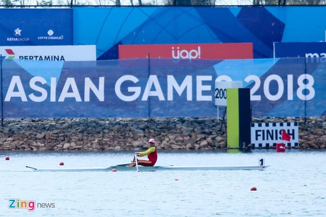 Tuyen rowing Viet Nam om cham chuyen gia Australia sau tam HCB hinh anh 1