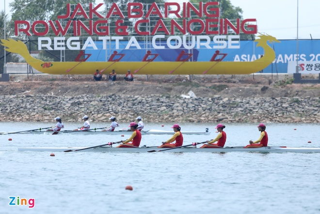 Tuyen rowing Viet Nam om cham chuyen gia Australia sau tam HCB hinh anh 2