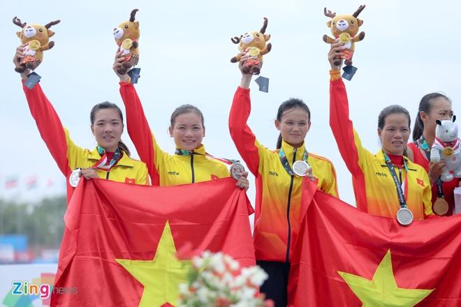 Tuyen rowing Viet Nam om cham chuyen gia Australia sau tam HCB hinh anh 7
